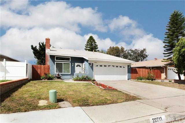 22711 Via Santa Maria, Mission Viejo, CA 92691 (#OC18091370) :: Z Team OC Real Estate