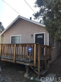 526 Moreno Lane, Sugarloaf, CA 92386 (#IV18092041) :: Kristi Roberts Group, Inc.