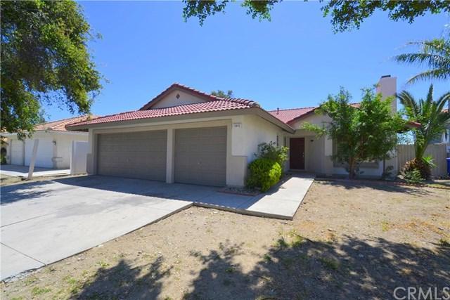14945 Granada Avenue, Fontana, CA 92335 (#IG18090995) :: Cal American Realty