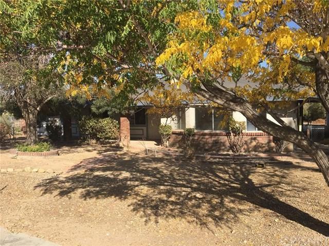 11681 Hemlock Avenue, Hesperia, CA 92345 (#SR18092229) :: Barnett Renderos
