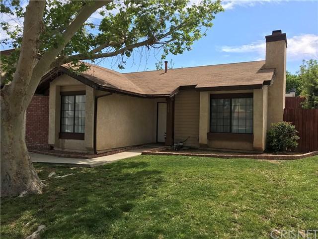 126 Harvest Lane, Palmdale, CA 93550 (#SR18092334) :: Kristi Roberts Group, Inc.