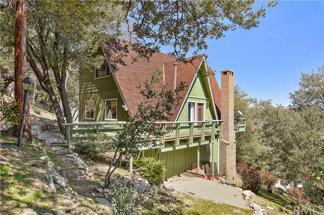 821 Sonoma Drive, Lake Arrowhead, CA 92352 (#EV18092399) :: Kristi Roberts Group, Inc.