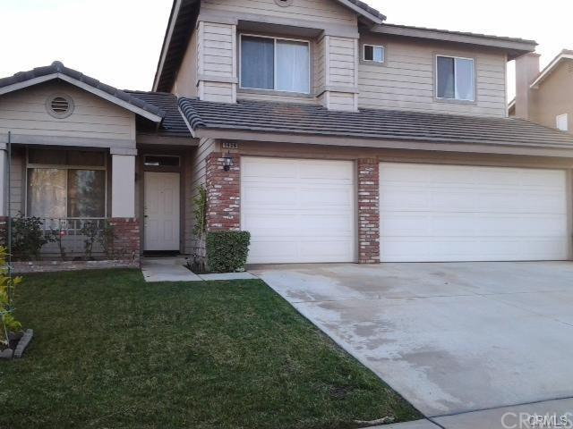 1426 White Holly Drive, Corona, CA 92881 (#PW18092367) :: Barnett Renderos