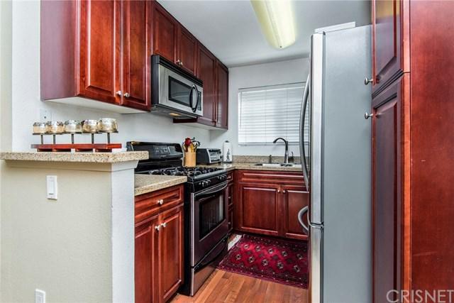 5535 Canoga Avenue #226, Woodland Hills, CA 91367 (#SR18092539) :: Barnett Renderos