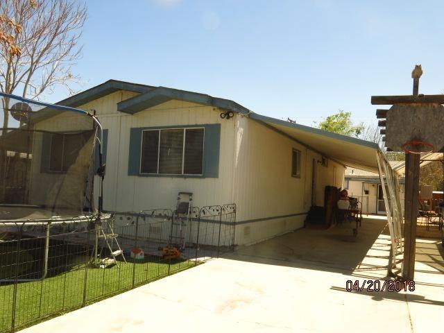 44119 D Street, Hemet, CA 92544 (#IV18092571) :: Nest Central Coast