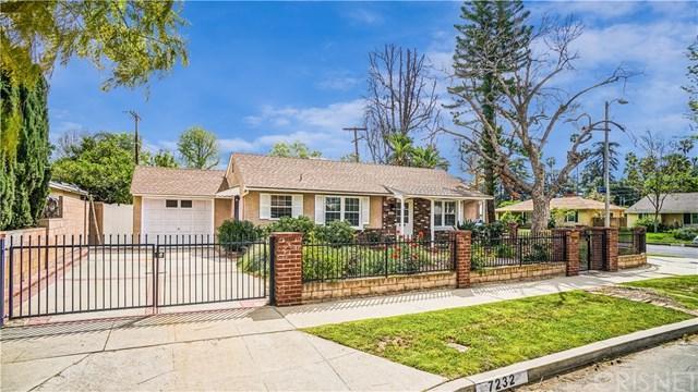 7232 Andasol Avenue, Lake Balboa, CA 91406 (#SR18092592) :: The Brad Korb Real Estate Group