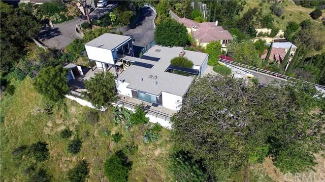 2977 Passmore Drive, Los Angeles (City), CA 90068 (#BB18092734) :: Cal American Realty