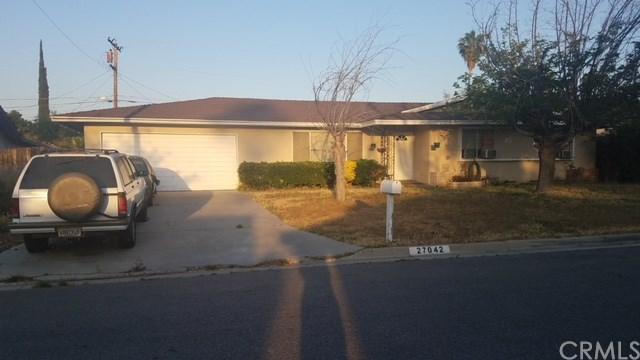 27042 Ramona Vista Street, Hemet, CA 92544 (#IV18092836) :: Kristi Roberts Group, Inc.