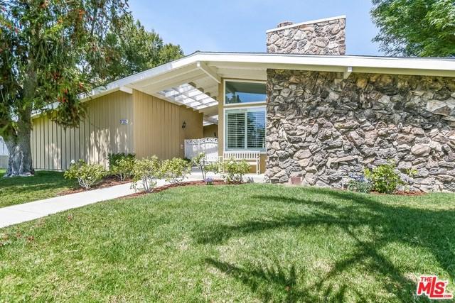 17335 Rinaldi Street, Granada Hills, CA 91344 (#18329508) :: Kristi Roberts Group, Inc.