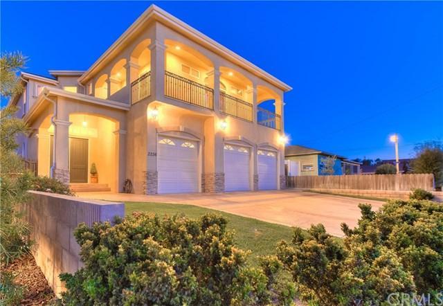 2256 Orange Avenue, Costa Mesa, CA 92627 (#OC18092520) :: The Brad Korb Real Estate Group