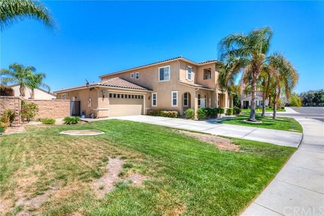 8086 Bluff View Lane, Eastvale, CA 92880 (#IG18091611) :: The DeBonis Team