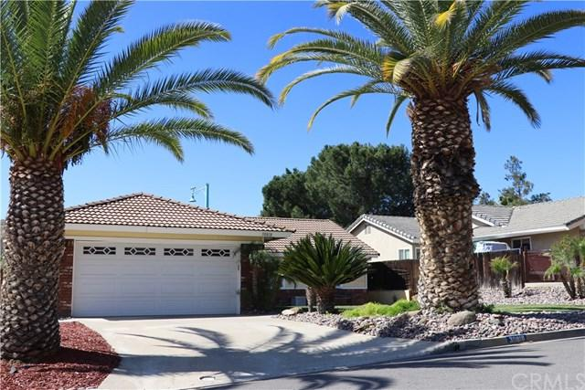 30818 Long Point Drive, Canyon Lake, CA 92587 (#SW18089167) :: California Realty Experts