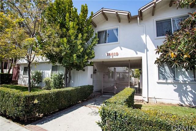 18619 Collins Street F24, Tarzana, CA 91356 (#BB18093614) :: UNiQ Realty