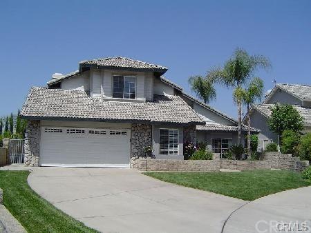 3136 Carriage Hills Court, Highland, CA 92346 (#IV18093771) :: Kristi Roberts Group, Inc.