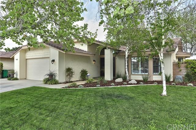44306 Ruthron Avenue, Lancaster, CA 93536 (#SR18093924) :: UNiQ Realty