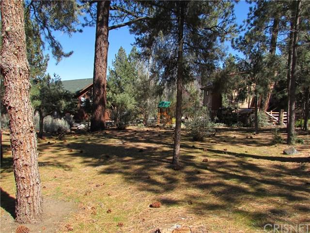 16606 Sandalwood, Pine Mountain Club, CA 93222 (#SR18093558) :: UNiQ Realty
