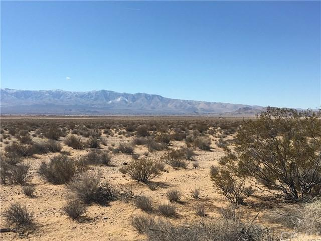 0 Northside Road, Lucerne Valley, CA 92356 (#PW18093301) :: UNiQ Realty