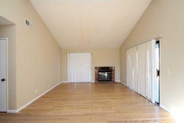436 E Avenue J3, Lancaster, CA 93535 (#PW18094114) :: UNiQ Realty