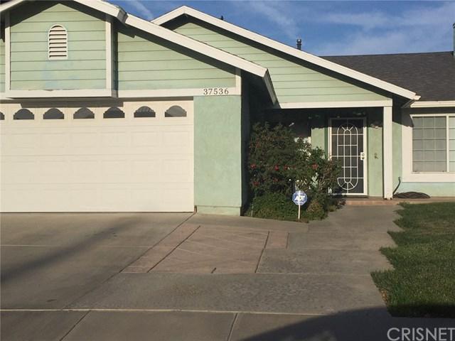 37536 Sharon Lane, Palmdale, CA 93552 (#SR18094240) :: UNiQ Realty