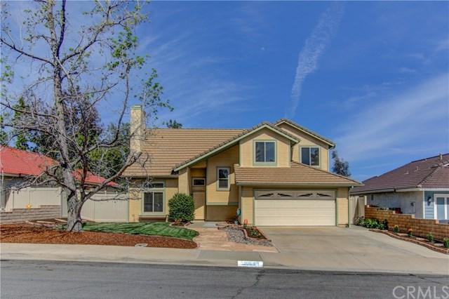 39648 Old Spring Road, Murrieta, CA 92563 (#SW18093561) :: Kristi Roberts Group, Inc.