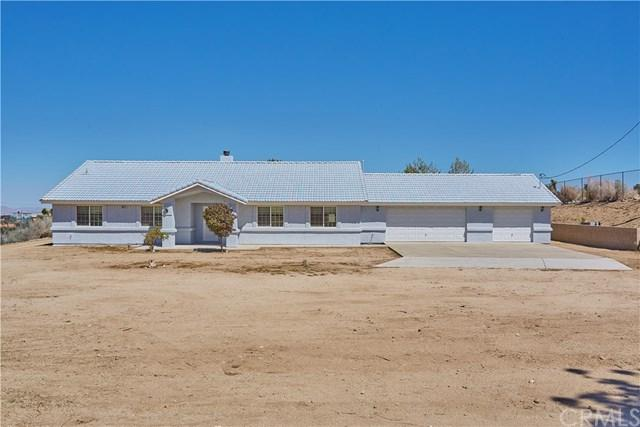 10671 Crystal Aire Road, Pinon Hills, CA 92372 (#CV18094297) :: Kristi Roberts Group, Inc.