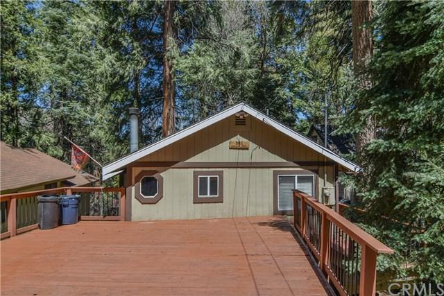 862 Oakmont Lane, Lake Arrowhead, CA 92352 (#EV18094425) :: Kristi Roberts Group, Inc.
