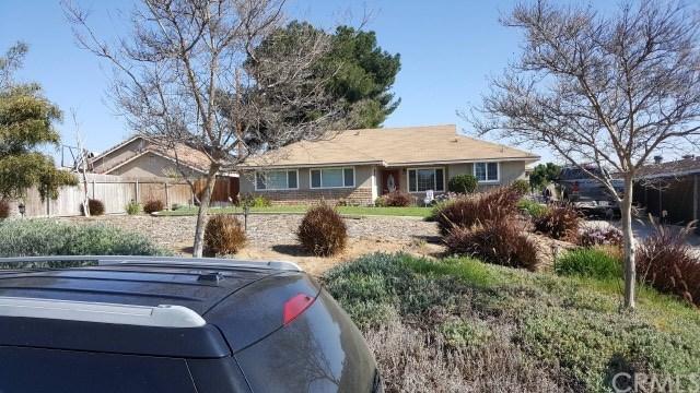 5987 Clifton Boulevard, Riverside, CA 92504 (#IV18094432) :: Kristi Roberts Group, Inc.