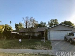 2922 Harrison Street, Riverside, CA 92503 (#PW18094629) :: Kristi Roberts Group, Inc.