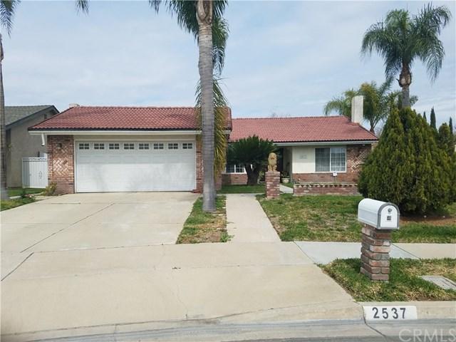 2537 E Laurel Valley Lane, Ontario, CA 91761 (#CV18095033) :: Impact Real Estate
