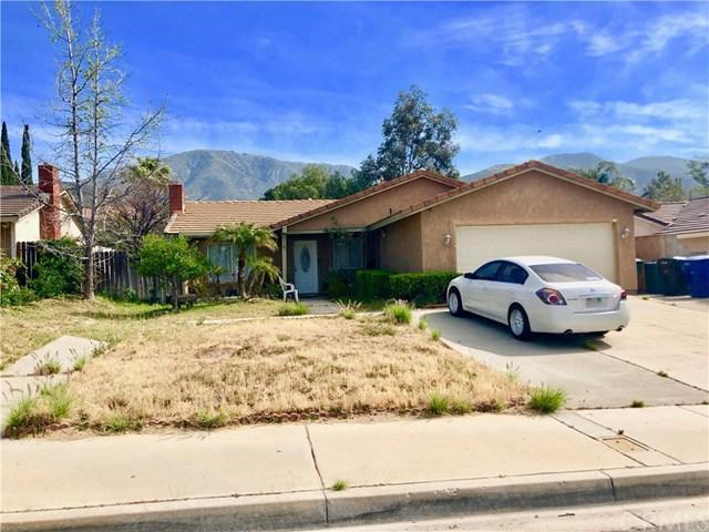 2556 Periwinkle Drive, San Bernardino, CA 92407 (#IV18095214) :: Barnett Renderos