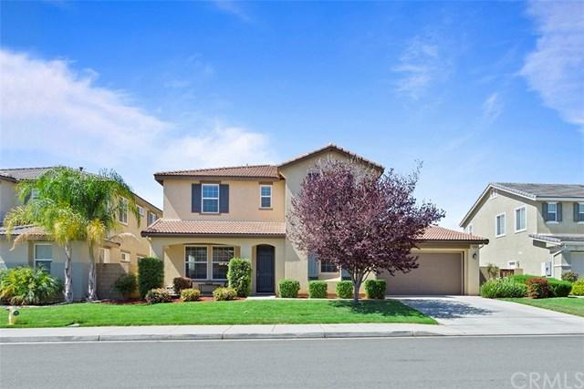 31767 Brentworth Street, Menifee, CA 92584 (#SW18095274) :: UNiQ Realty
