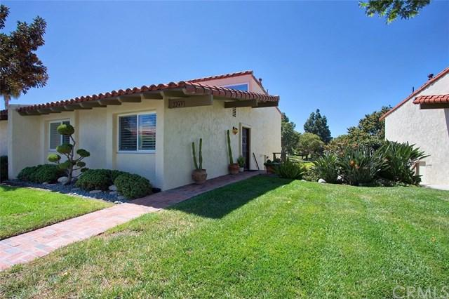 2249 Vista Huerta, Newport Beach, CA 92660 (#NP18095519) :: Pam Spadafore & Associates
