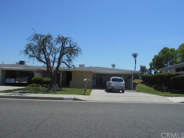25711 Cherry Hills Boulevard, Sun City, CA 92586 (#IV18095593) :: UNiQ Realty