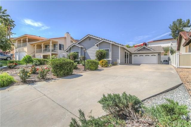 22182 Hoofbeat Way, Canyon Lake, CA 92587 (#SW18095789) :: California Realty Experts