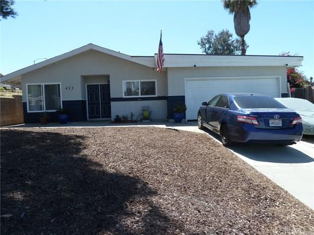 433 E Aviation Road, Fallbrook, CA 92028 (#SW18093488) :: UNiQ Realty