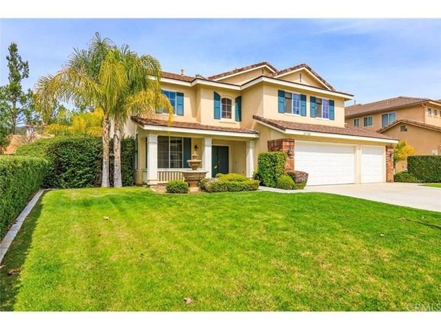 27922 Starfall Way, Murrieta, CA 92563 (#SW18095981) :: UNiQ Realty