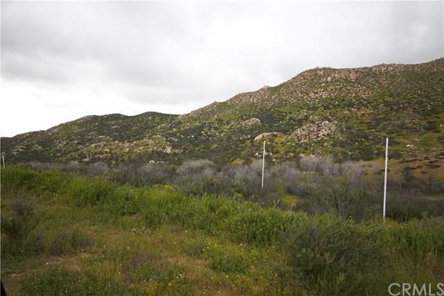 0 Los Altos Rd, Hemet, CA 94563 (#DW18096037) :: UNiQ Realty