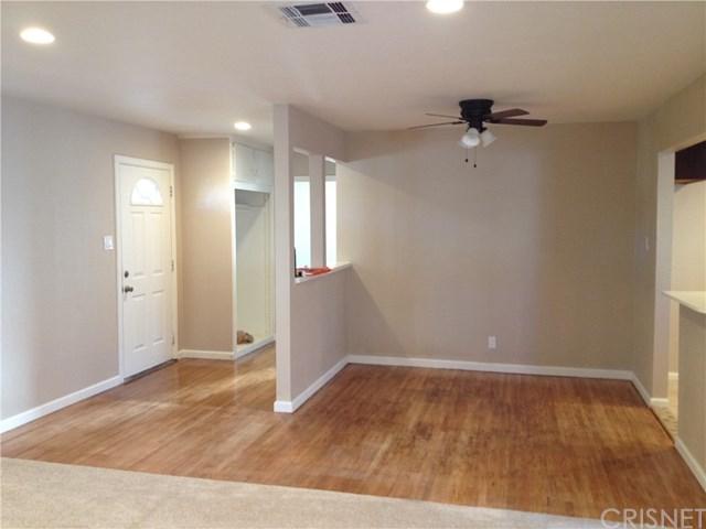 1638 E Avenue Q12, Palmdale, CA 93550 (#SR18095944) :: Impact Real Estate
