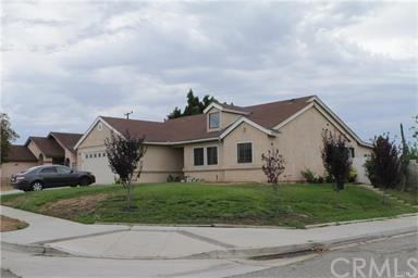 18781 Marygold Avenue, Bloomington, CA 92316 (#TR18098968) :: Group 46:10 Central Coast