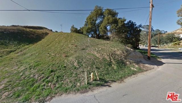 29225 Justamere Avenue, Val Verde, CA 91384 (#18339904) :: The Ashley Cooper Team