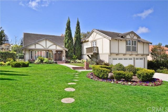 10 Country Meadow Road, Rolling Hills Estates, CA 90274 (#PV18101485) :: Barnett Renderos