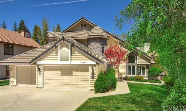 27565 Meadow Bay Drive, Lake Arrowhead, CA 92352 (#EV18108133) :: Angelique Koster