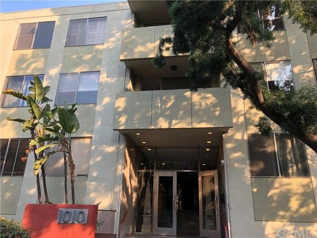 1010 N Kings Road #117, West Hollywood, CA 90069 (#OC18109449) :: Scott J. Miller Team/RE/MAX Fine Homes