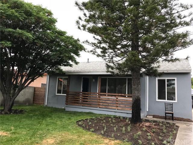 13715 Judd Street, Pacoima, CA 91331 (#SR18112699) :: Mainstreet Realtors®
