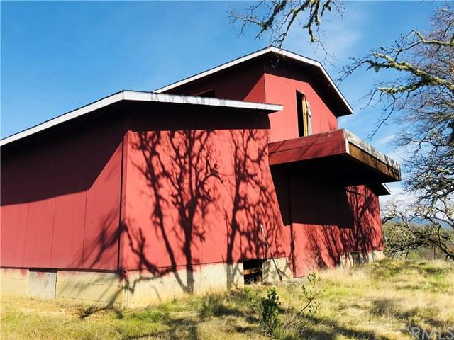 10504 Bachelor Valley Road, Upper Lake, CA 95493 (#LC18112719) :: RE/MAX Masters