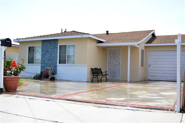 166 E 213th Street, Carson, CA 90745 (#DW18115420) :: RE/MAX Empire Properties