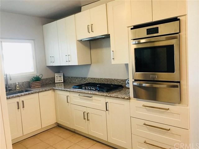 221 W Buckthorn Street #19, Inglewood, CA 90301 (#RS18116814) :: Z Team OC Real Estate
