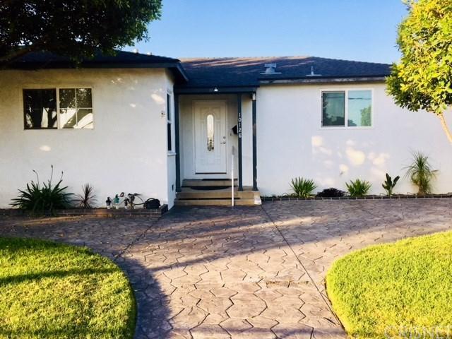 10128 Laurel Canyon Boulevard, Pacoima, CA 91331 (#SR18117182) :: Mainstreet Realtors®