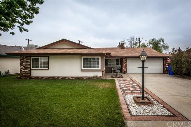 11714 Auburn Avenue, Yucaipa, CA 92399 (#EV18117452) :: RE/MAX Empire Properties