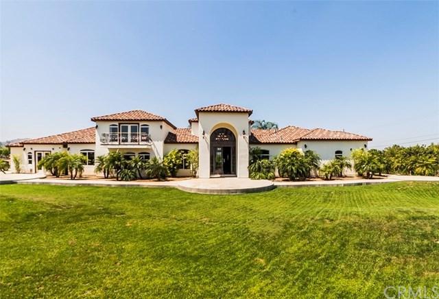 2474 John Street, Riverside, CA 92503 (#OC18118278) :: Provident Real Estate